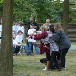 Schüler tanzen Zuschauer